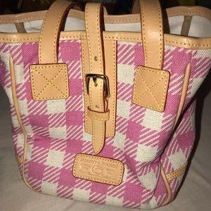 Dooney&Bourke spring and summer bucket bag purse